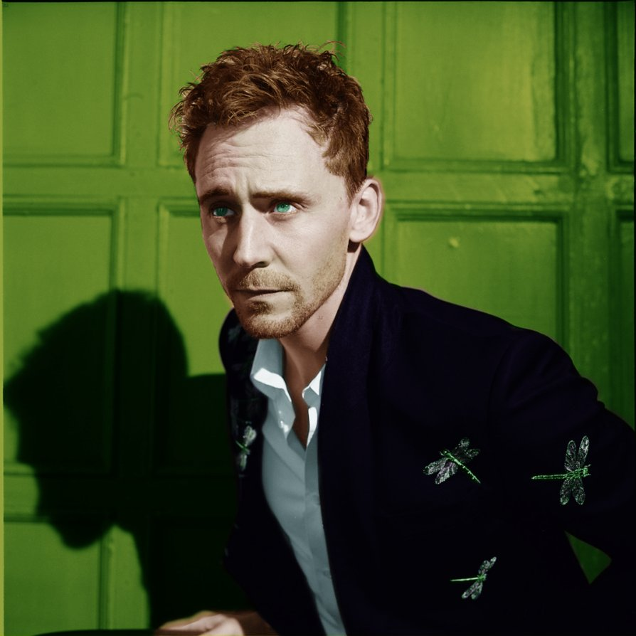 tom_hiddleston_colorised_1_by_zuzukh-d60pab8
